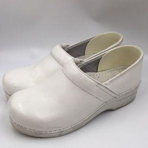Dansko women's medical nurse shoes white size 40